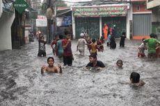 Satu Jam Diguyur Hujan, Jalan Tegal Parang V Langsung Terendam Banjir