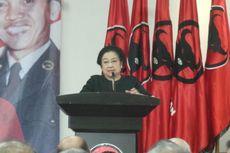 Megawati Memuji Risma di Hadapan Calon Kepala Daerah