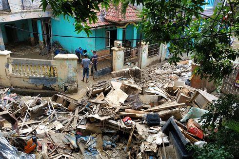 Sampah akibat Banjir di Kota Bekasi Diklaim 1.500 Ton Sehari