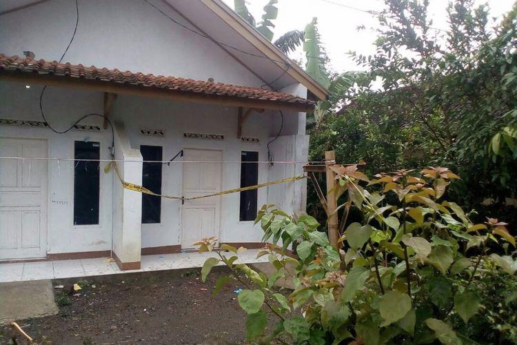 Rumah kontrakan yang pernah ditinggali Ahmad Sukri bomber Kampung melayu, diduga di rumah inilah bom Kampung Melayu dirakit.