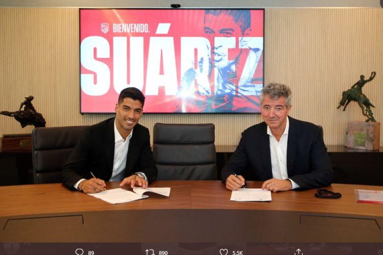 Luis Suarez menandatangani kontrak berdurasi dua tahun di Atletico Madrid pada Jumat (26/9/2020) setelah lolos tes medis.