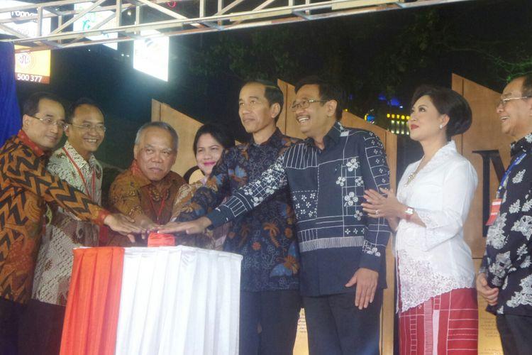 Presiden RI Joko Widodo meresmikan Simpang Susun Semanggi, Kamis (17/8/2017).