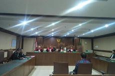 Tunda Vonis Teman Dekat Akil Mochtar, Hakim: Sidang Lagi Banyak Banget