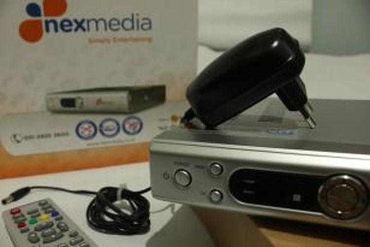 Berbeda ketimbang televisi berbayar lainnya, nexmedia hanya memerlukan perangkat antena dalam untuk mendapatkan tayangan dari saluran internasional.