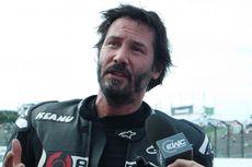 Pesawat yang Ditumpangi Lakukan Pendaratan Darurat, Keanu Reeves Jadi 'Pahlawan'
