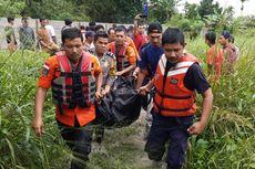 Kisah Pasutri Terseret Banjir Saat Menuju Bandara Pekanbaru