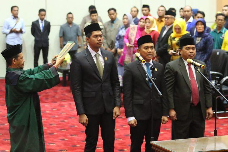 Andi Faisal Sofyan Hasdam anak kedua dari Neni Moerniaeni saat dilantik sebagai Ketua DPRD Bontang, Jumat (4/10/2019).