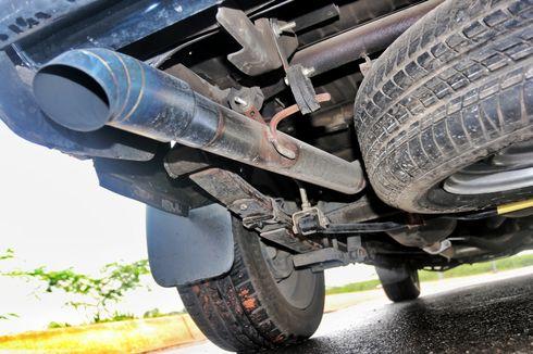 Mitos atau Fakta, Knalpot Mobil Keluar Air Tandanya Mesin Sehat?