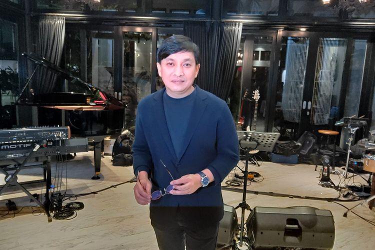 Yovie Widianto di kawasan Menteng, Jakarta Pusat, Selasa (21/1/2020).