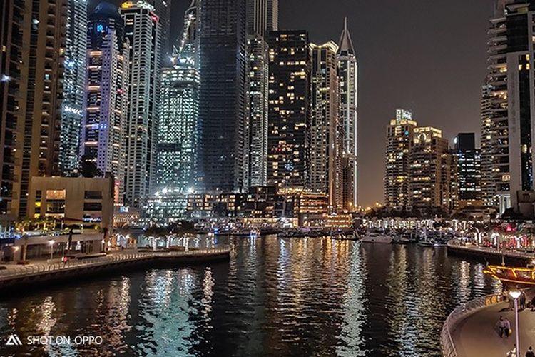 Keindahan Dubai Marina di malam hari, diambil dengan fitur Night Mode OPPO R17 Pro
