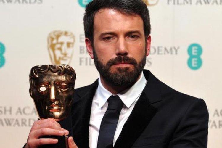 Aktor dan sutradara Ben Affleck menerima penghargaan sebagai Sutradara Terbaik untuk filmnya Argo di ajang BAFTAs di the Royal Opera House, London pada 10 Februari  2013. Argo juga dinominasikan sebagai Film Terbaik di ajang Oscars 2013, 24 Februari 2013.