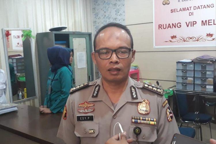 Ka Opsnal Yan Dokpol RS Polri Kramat Jati Kombes Edy Purnomo kepada awak media di RS Polri Kramat Jati, Jakarta Timur, Senin (1/7/2019).