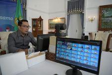 Melalui Fintech, Kang Emil Minta Bank BJB Adaptasi Sistem Keuangan Masa Depan