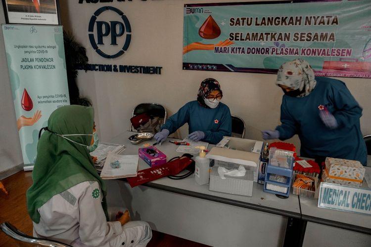 Donor darah dan plasma konvalesen oleh PT PP (Persero) Tbk.