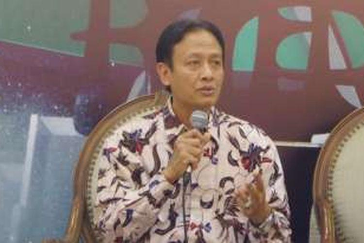 Ketua Tim Panja RUU ITE dari pihak pemerintah, Henri Subiakto di Komplels Parlemen, Senayan, Jakarta, Selasa (2/8/2016)
