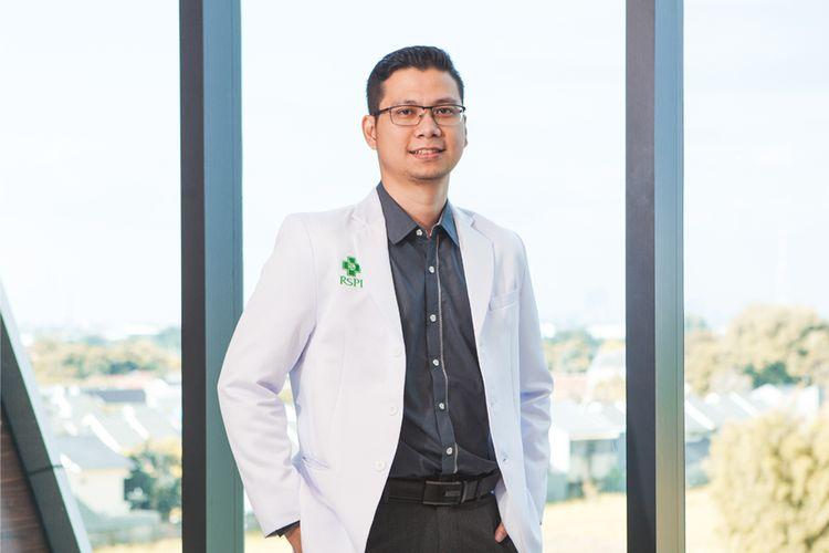 dr. Franciscus Ari, Sp. PD Dokter Spesialis Penyakit Dalam RS Pondok Indah ? Bintaro Jaya