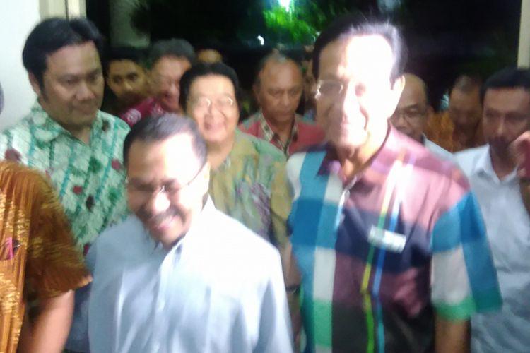 Gubernur DIY Sri Sultan Hamengku Buwono X dan Uskup Semarang Mgr Rubyatmoko di RS Panti Rapih