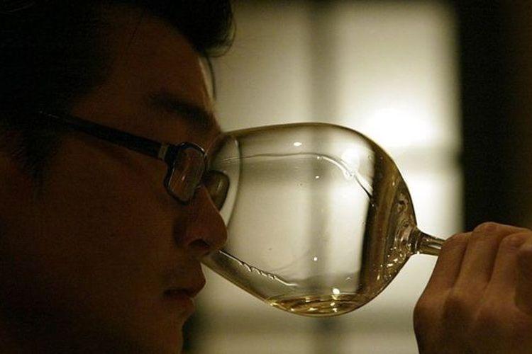 Rudy Kurniawan, seorang warga negara Indonesia yang ditahan pada 2012 di Amerika Serikat (AS) atas pemalsuan ribuan botol anggur.