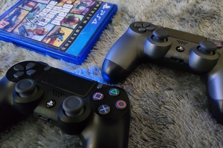 Ilustrasi controller Dualshock 4 untuk PS4.