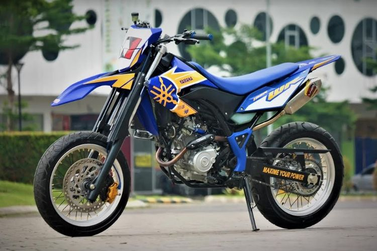 Modifikasi Yamaha WR 155R Supermoto