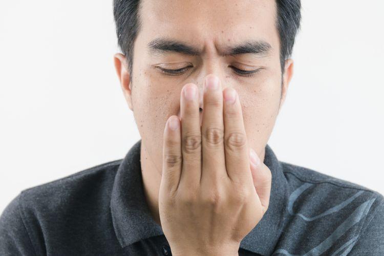 Belum Tentu karena Makanan, Ini 5 Penyebab Bau Mulut