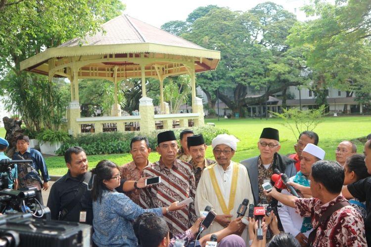 Jamiyah Batak Muslim Indonesia usai bertemu Jokowi di Istana, Rabu (15/3/2017).