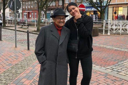 4 Ungkapan Melanie Subono atas Kepergian Eyang BJ Habibie