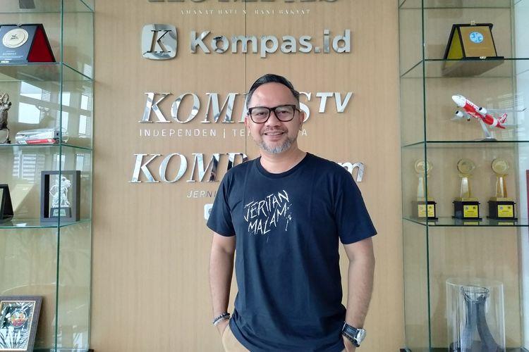 Artis peran Indra Brasco berkunjung ke kantor redaksi Kompas.com, Menara Kompas, Palmerah Selatan, Jakarta Pusat, Senin (4/11/2019).