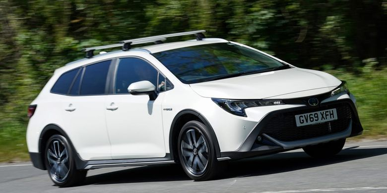 Ilustrasi Toyota Corolla Trek, model station wagon yang dipasarkan di Eropa