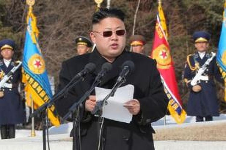 Kim Jong Un menyampaikan pidato