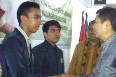 Kunjungi Kampus UMK, Harry Tanoe Didemo Mahasiswa