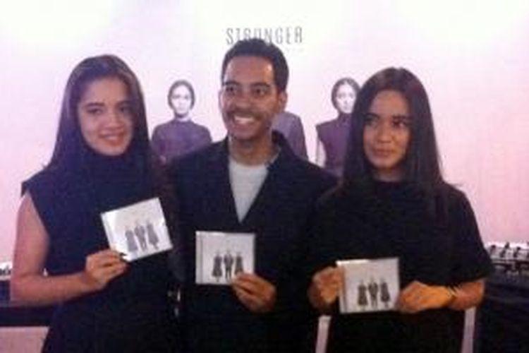 Cantika, Gamal, dan Audrey diabadikan dalam peluncuran album kedua GAC yang bertajuk Stronger, di Senopati, Jakarta Selatan, Selasa (9/6/2015).