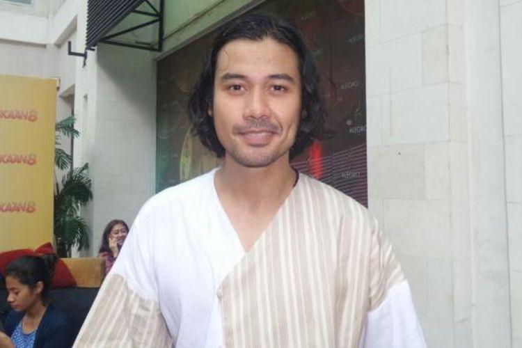 Chicco Jerikho menghadiri pemutaran film Bukaan 8 di Epicentrum XXI, Kuningan, Jakarta Selatan, pada Senin (20/2/2017).
