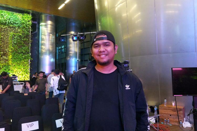 Sutradara Fajar Bustomi saat jumpa pers peluncuran single terbaru Armada berjudul Awas Jatuh Cinta di kawasan Gatot Subroto, Jakarta Selatan, Kamis (30/1/2020).