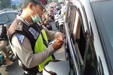 Hari Pertama Ganjil Genap, Empat Mobil Kena Tilang di Fatmawati