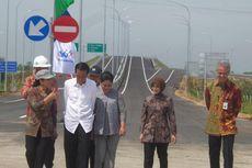 Di Brebes, Jokowi Juga Sinergikan KUR dengan Program Inklusi Keuangan
