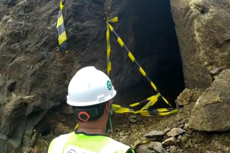 Pekerja proyek Bendungan Tamblang menemukan terowongan tua.