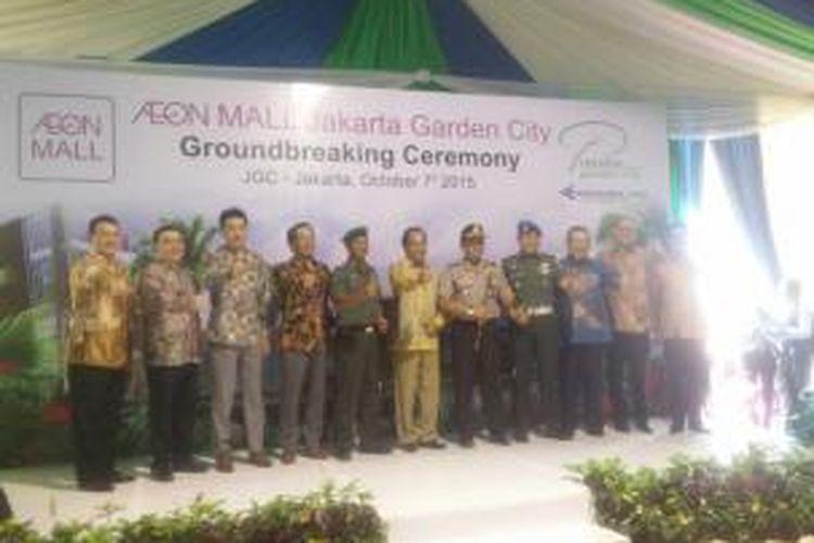 Pencanangan Aeon Mall di Jakarta Garden City, Jakarta Timur, Rabu (7/10/2015).