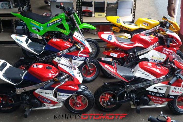 Sepeda motor mini MotoGP yang ditawarkan Zhidan Motor Workshop dijual cuma Rp 2,8 juta.