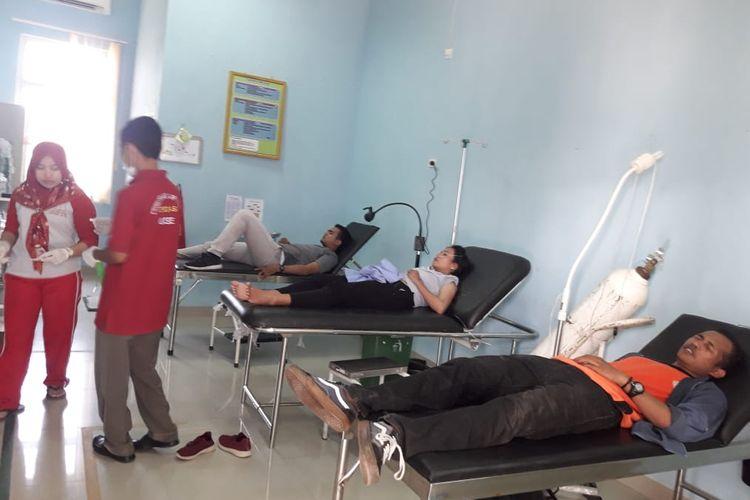 Sjumlah mahasiswa dirawat di Puskesmas Air Itam Pangkal Pinang, Jumat (3/5/2019) setelah unjuk rasa terkait hari buruh.