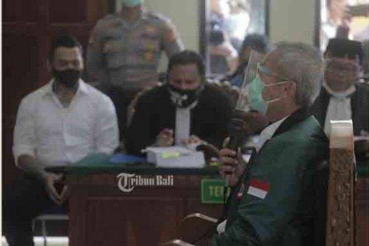 Ketua Ikatan Dokter Indonesia (IDI) Bali, dr Gede Putra Suteja telah menjalani pemeriksaan keterangan di persidangan Pengadilan Negeri (PN) Denpasar, Selasa (13/10/2020).