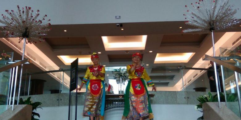 Tarian khas Betawi di Hotel Santika Premiere Slipi Jakarta
