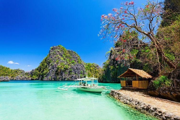 Pulau Coron di Filipina.