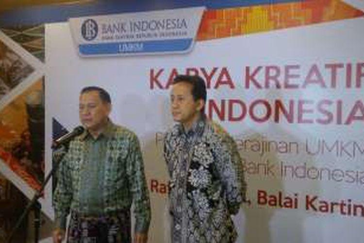 Gubernur Bank Indonesia Agus Martowardojo dan Kepala Bekraf Triawan Munaf di Balai Kartini Jakarta, Jumat (26/8/2016). Pramdia Arhando/KOMPAS.com