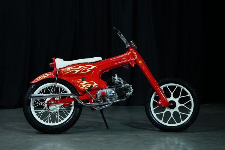 Motor custom bergaya choppy cub garapan Kartomonyol Garage
