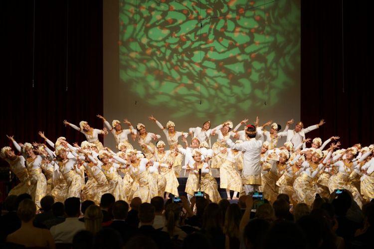 The Resonanz Children?s Choir (TRCC) pimpinan Avip Priatna dinobatkan sebagai pemenang European Grand Prix for Choral Singing (EGP). Acara tersebut berlangsung  di Maribor, Slovenia pada tanggal 21 April 2018. Foto: theresonanzchildrenschoir.com.