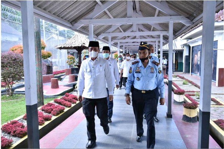Kepala BNPT Boy Rafli Amar Melakukan Kunjungan ke Lembaga Pemasyarakatan Kelas IIA Permisan, Nusakambangan, Jawa Tengah, Selasa (28/7/2020)