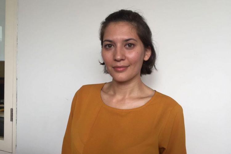 Hannah Al Rashid berpose di Goethe-Institut Jakarta, Menteng, Jakarta Pusat, Rabu (21/3/2018).