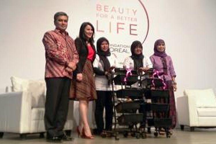 Acara L'Oreal Foundation untuk program Beauty For a Better Life yang bertempat di Lotte Shopping Avenue, Jakarta (25/2/2015).