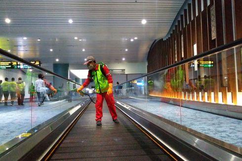 Bandara Soekarno-Hatta Semprot Disinfektan di Area Kedatangan Internasional